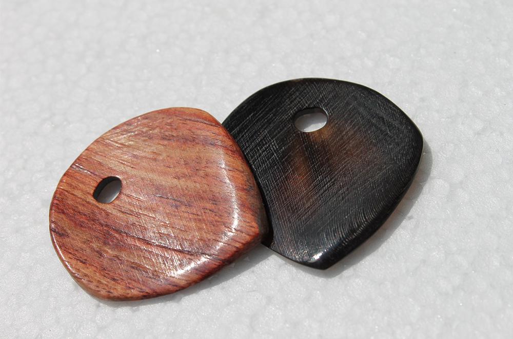 le-niglo-natural-bois-de-rose-corne-noire-vernis